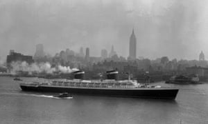 The SS United States glides down the Hudson River as it begins its first voyage to Europe from New York on 3 July 1952