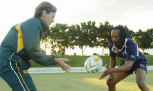 Dr Sherylle Calder working with South Africa wing Akona Ndungane in 2006.