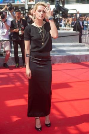 Kristen Stewart in all-black Chanel
