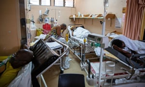 Patients on oxygen in the A&E ward at George Mukhari Academic Hospital in Ga-Rankuwa.