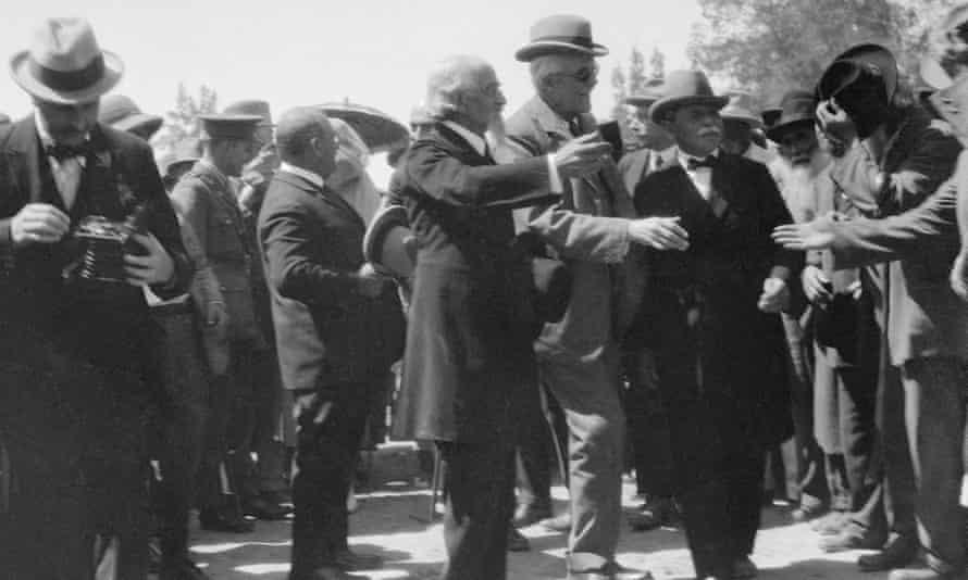 Arthur Balfour visits the Jewish settlement of Rishon LeZion in 1917.