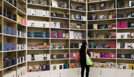 Browsing Spanish-language books at the International Book Fair in Guadalajara, Mexico, last week: a delegation of English-speaking authors from the UK were the guests of honour this year.