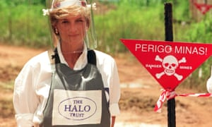 Diana, Princess of Wales, in body armour during a visit to a landmine-strewn area of Angola in January 1997.