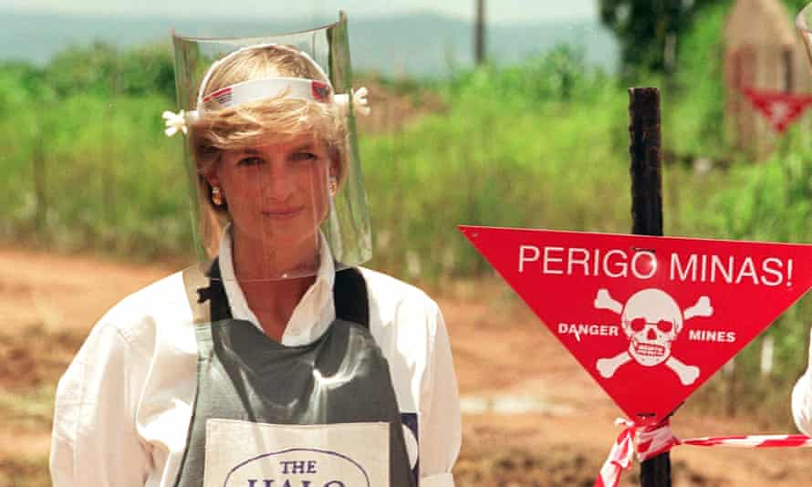 Diana, Princess of Wales, wears body armour during a visit to a landmine in Angola in January 1997.