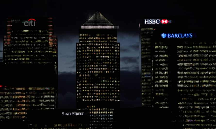 One Canada Square  at dusk