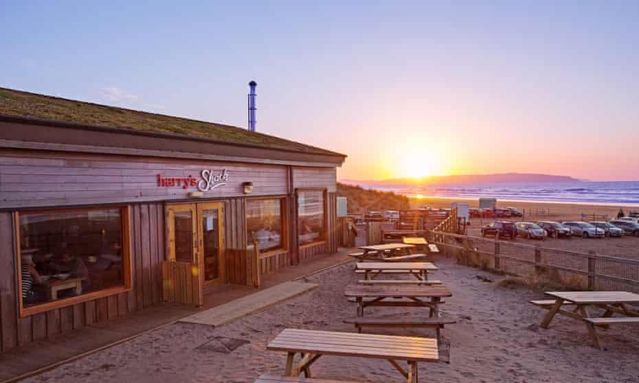 Sunset on the beach at Harry's Shack, Portstewart