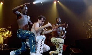 Johnny Clegg performing with the band Savuka in Paris in 1988, as part of a concert series dedicated to the fight against apartheid.