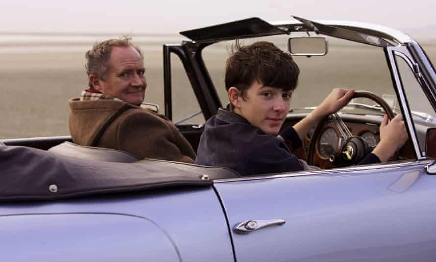 Jim Broadbent as Arthur and Matthew Beard as the young Blake Morrison in the film version of And When Did You Last See Your Father? (2007)