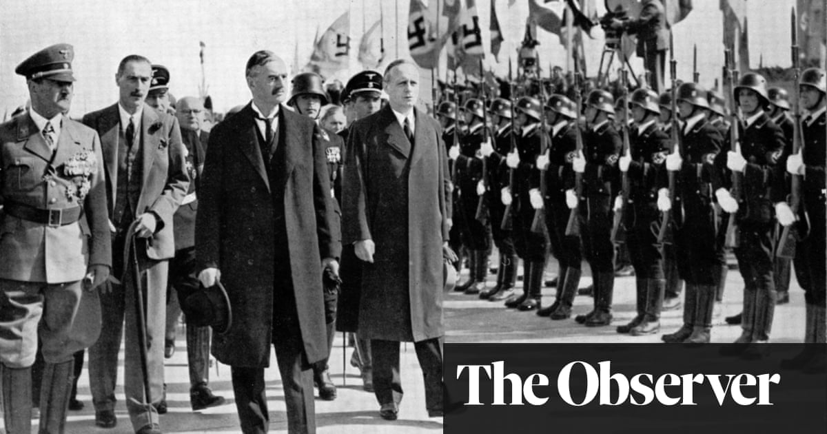 Munich review – inside a compelling conspiracy on the eve of war