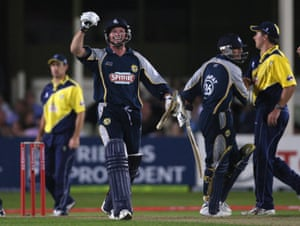 Stevens celebrates the winning runs against Gloucestershire Gladiators in the T20 Cup final in 2007.