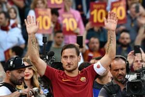 Francesco Totti says goodbye.