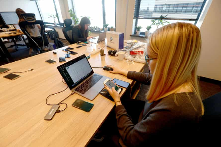 Testers in Riga check Latvia's Stop Covid app