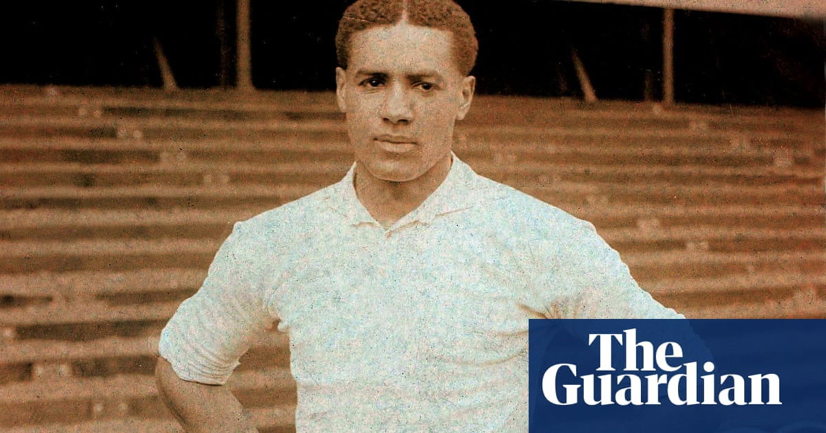 Walter Tull: footballs hidden pioneer whose story everyone should know