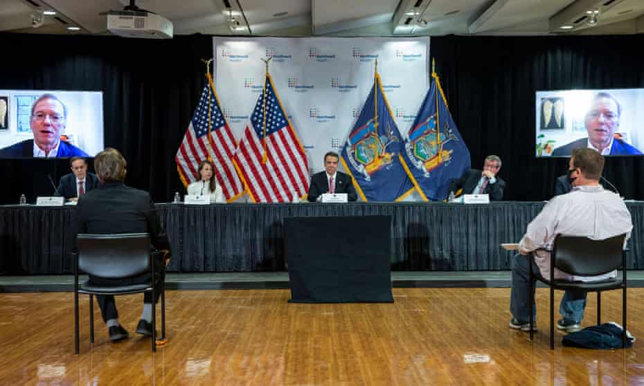 Andrew Cuomo holds a media briefing in Manhasset, New York, on 6 May 2020.