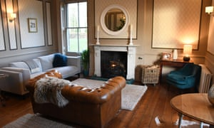 Lounge area at Abbots Court hotel-B&B.