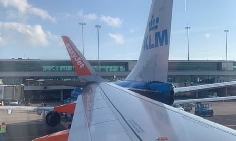 Two planes collide at Amsterdam airport causing delays