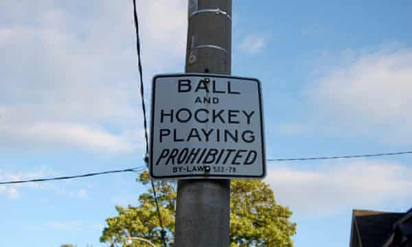 Ball games and hockey playing prohibited signs, Toronto, Canada Cities: street hockey