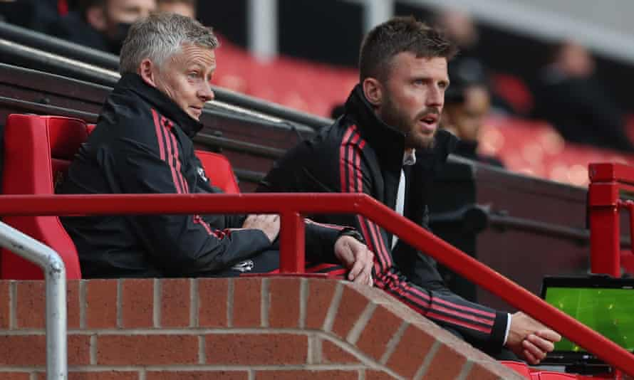 Manchester United manager Ole Gunnar Solskjær (left) and his assistant Michael Carrick