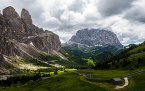 Val di Fassa mountain pass, the Dolomites