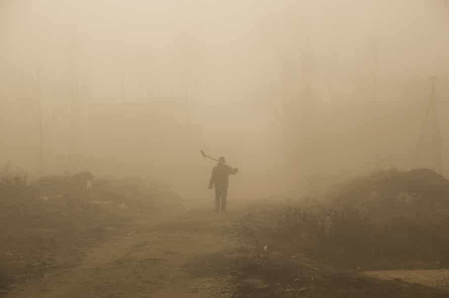 beijing enveloped in smog