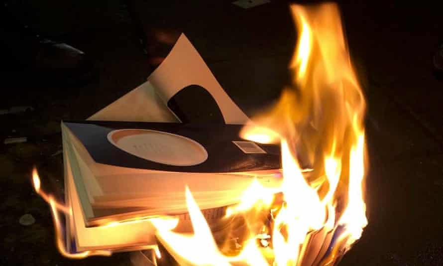 Burning ambition … a Tunglið book burning