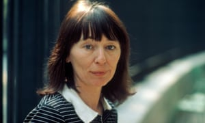 English writer Beryl Bainbridge poses during a portrait session held on May 15, 1981 in Paris, France.