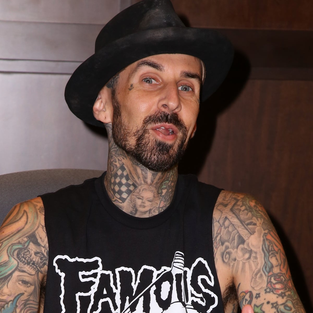 Blink 182 S Travis Barker Offered Friends 1m To Kill Him After Plane Crash Music The Guardian