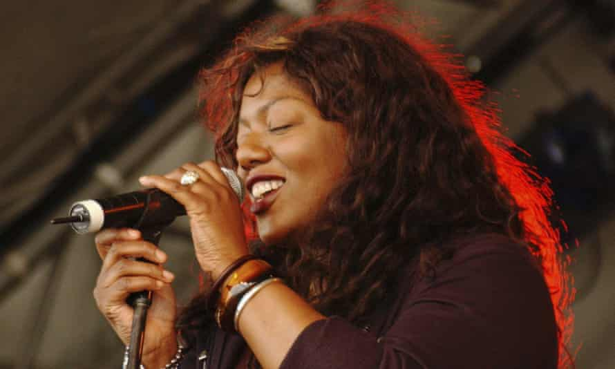 Denise Johnson singing with A Certain Ratio at The Big Chill festival, 2005.