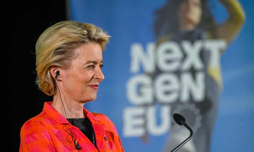 Ursula von der Leyen at press conference in Lisbon