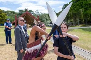 Jacinda Ardern receives rowing instruction