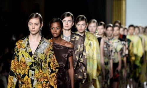 e3f399c1e28f Paris fashion week spring/summer 2018: the key shows – in pictures | Fashion  | The Guardian