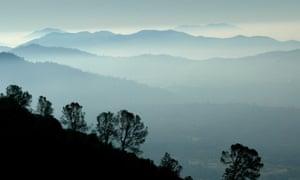 sierra nevada east of fresno
