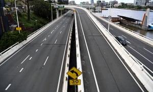 An empty freeway in Brisbane