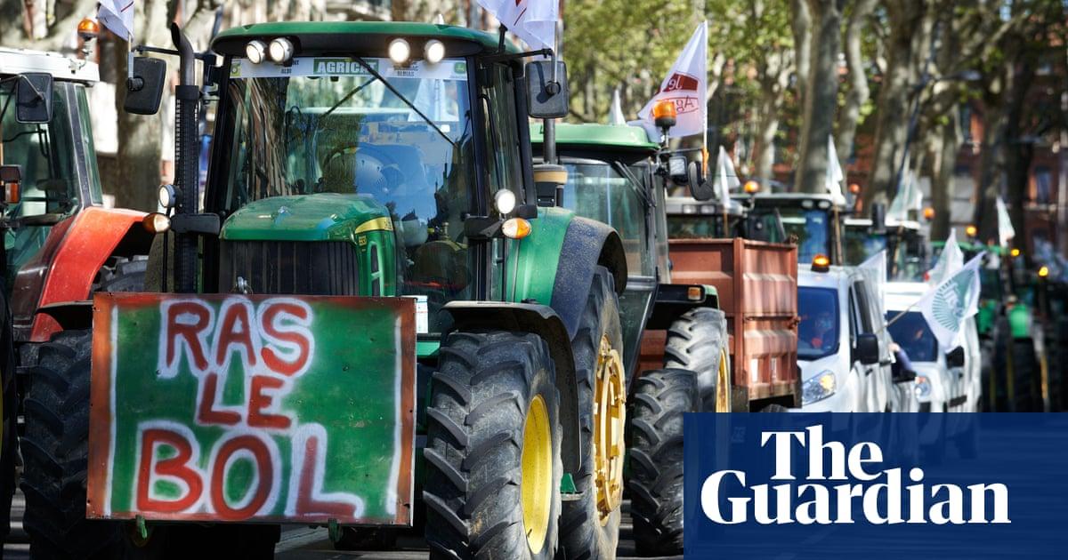 Animals farmed: EU cage-ban moves closer, magic of horse power and 'egg-mageddon'