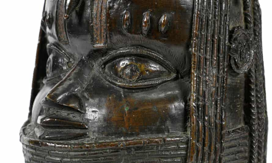 A detail from an Oba bronze the University of Aberdeen said last month it would repatriate.