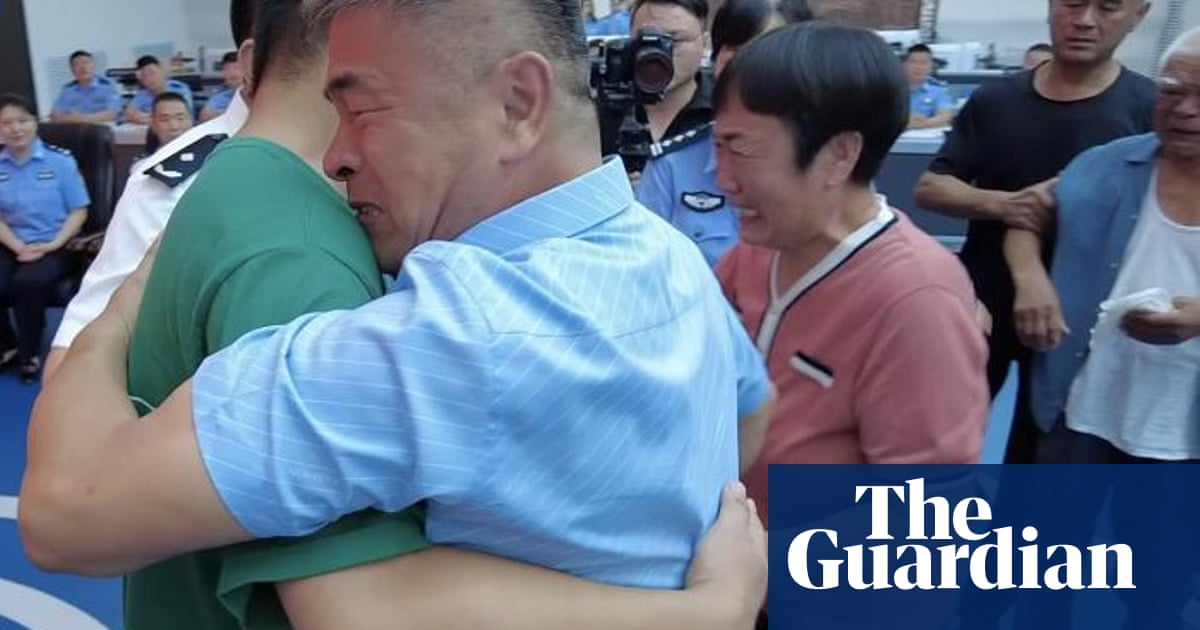 Man in China reunited with son abducted 24 years ago