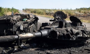 Destroyed tank on the road to Ilovaisk