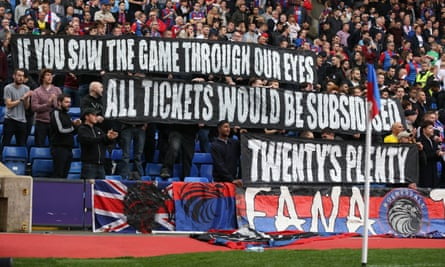 Crystal Palace fans protest over ticket prices