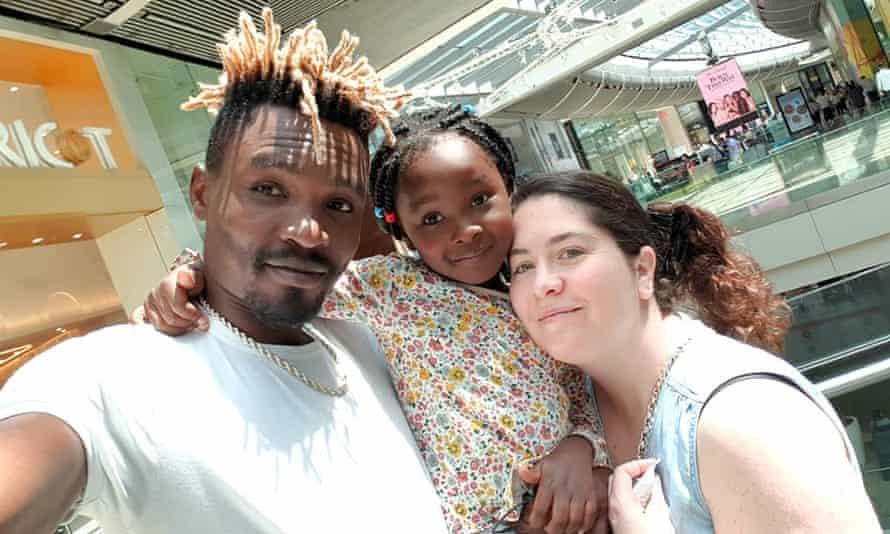 Samson Otieno with his wife Belinda Goodman and daughter Kayla Keshi