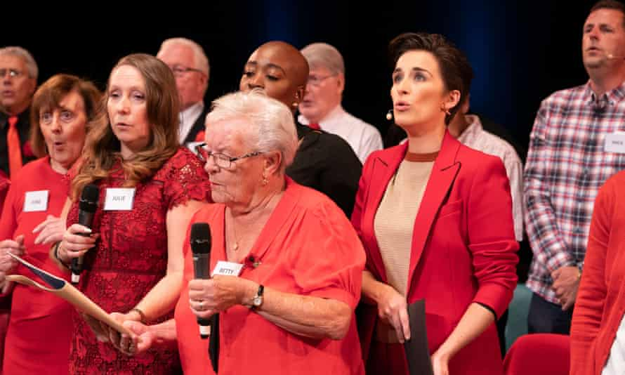 Betty (centre) in Our Dementia Choir with Vicky McClure.