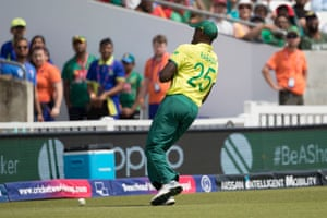 Rabada drops a high over the shoulder chance from Mahmudullah.