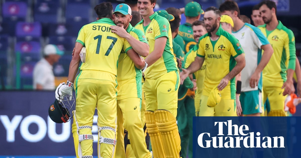 Stoinis and Wade steer Australia to T20 World Cup victory over South Africa