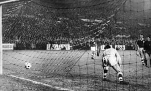 Irish goalkeeper Pat Dunne can only watch as José Ufarte scores the goal which would prevent the Republic of Ireland from reaching the 1966 World Cup.