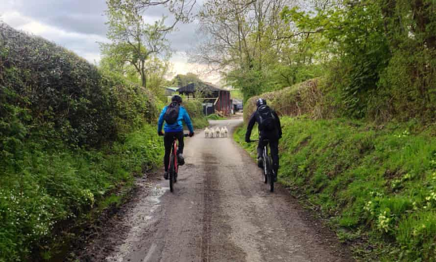 Cycling in Shropshire Hils
