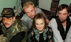 Nick Frost, Simon Pegg and Jessica Stevenson with Mark Heap in Spaced.