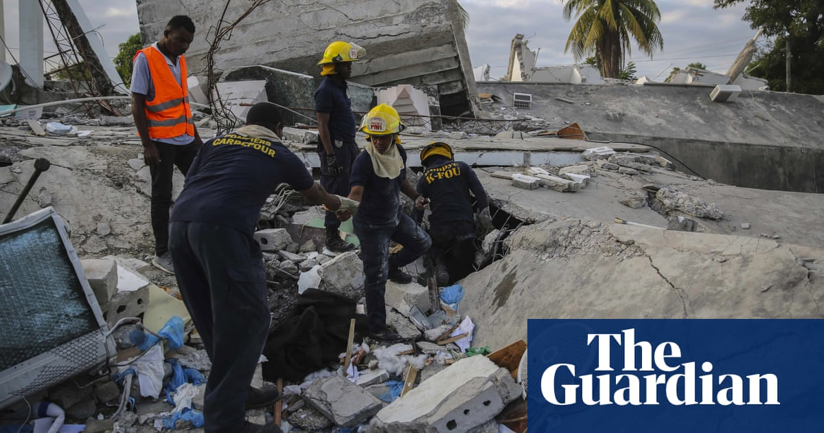 At least 724 dead in Haiti earthquake as death toll climbs