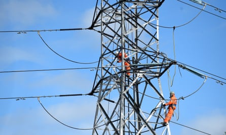 workers on electricity wires in NSW