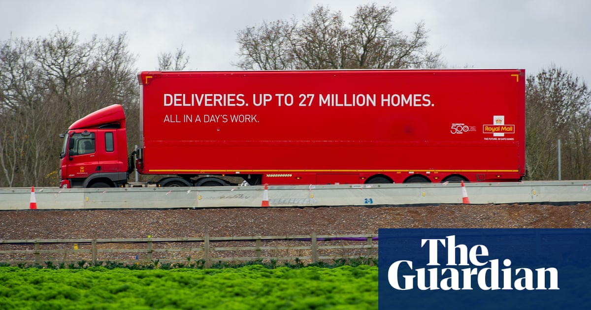 Royal Mail to trial Sunday parcel service for big retailers
