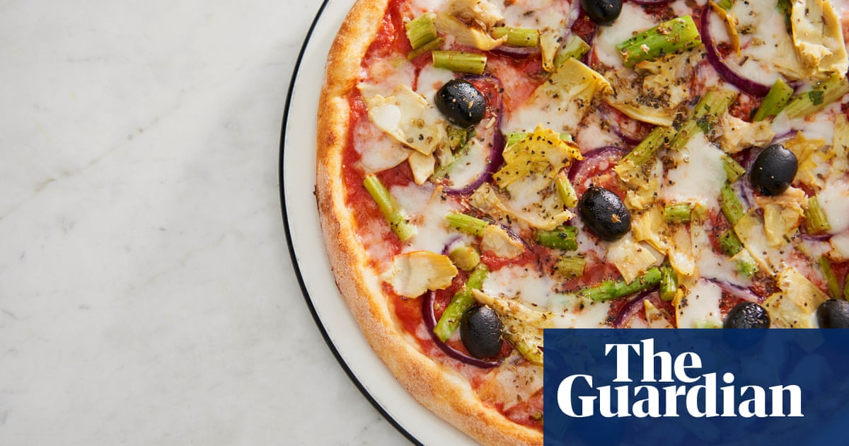 Earning Its Crust Pizza Express Hires Advisers Over 1bn