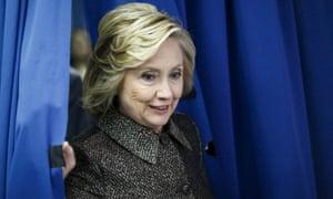 hillary clinton campaign curtain